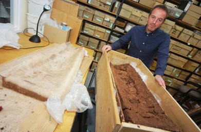 Lid lifted on 1600 year-old coffin | Leamington Observer | Archaeology News | Scoop.it