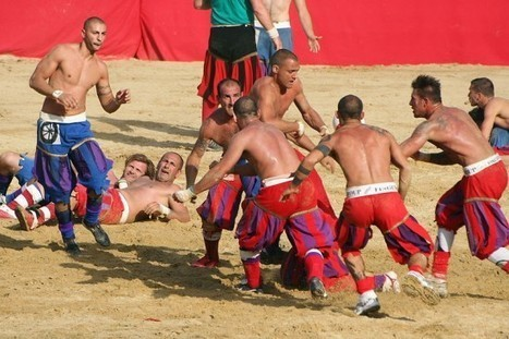 Calcio Fiorentino – The Ultimate Manly Sport | Strange days indeed... | Scoop.it