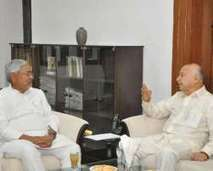 Sushilkumar Shinde meets Nitish Kumar in Delhi today to discuss security lapses in Patna   Sport News   Scoop.it