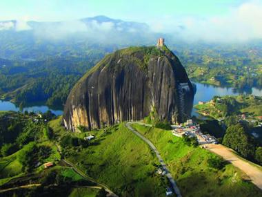 Piedara del Peñol- Guatape -Antiquia   lo mejores paisajes del mundo   Scoop.it