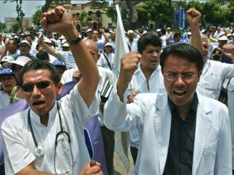 Huelga médica perjudicará aumento de horarios de atención en hospitales | Desde Perú | Scoop.it