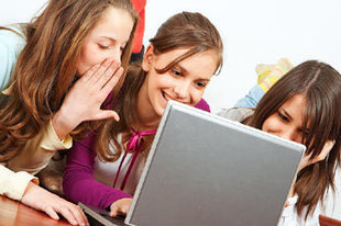Online Safety | Kids' and Teens' Internet Habits | Surprising Facts - FamilyEducation.com | Internet Safety ,Cybersafety  Update | Scoop.it