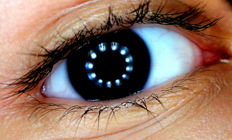 'Fish-Eye' Contact Lens Paves Way Towards Tech-Enabled Bionic Eyes - SERIOUS WONDER | Design to Humanise | Scoop.it