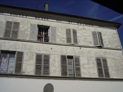 Un boulet dans la façade d'un immeuble - Histoire Généalogie - La vie et la mémoire de nos ancêtres | GenealoNet | Scoop.it