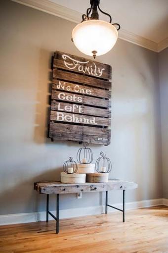 15 ideas para decorar con palets de madera m for Ideas para decorar puertas de madera