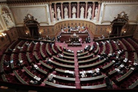 Gérard Larcher finit par demander l'annulation de la prime exceptionnelle aux sénateurs | LYFtv - Lyon | Scoop.it
