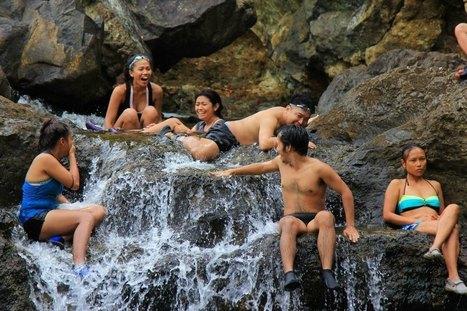 Toploading to Dagubdub Falls | Philippine Travel | Scoop.it