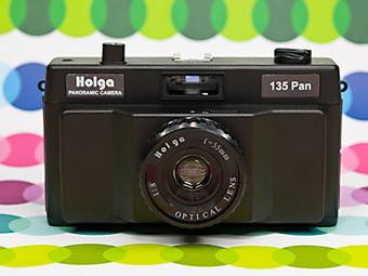 Holga 135 PAN Panorama Camera with interchangeable lenses | Photography Gear News | Scoop.it