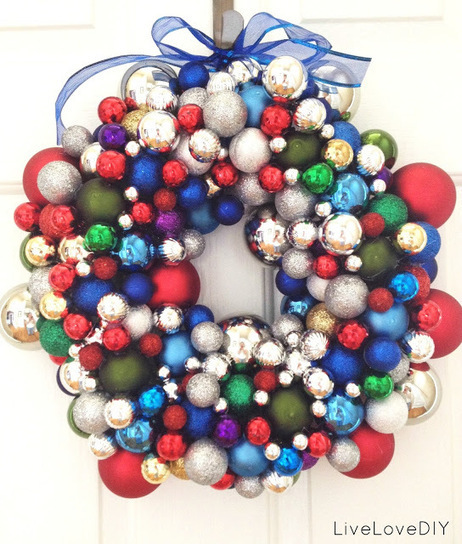 LiveLoveDIY: How To Make A Christmas Ornament Wreath | Christmas Decorations | Scoop.it