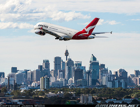 Photos: Qantas Airbus A380-842 taking-off from Sidney | Aviation & Airliners | Scoop.it
