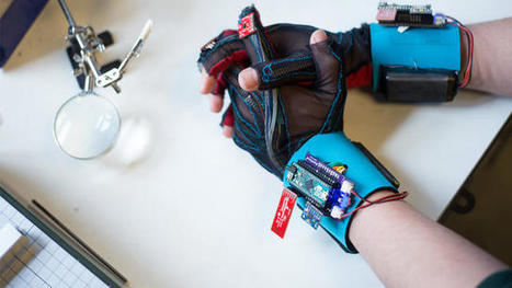 These Students Built A Glove That Translates Sign Language Into English | Arduino, Netduino, Rasperry Pi! | Scoop.it