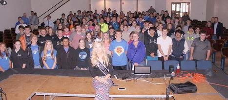 Miss Kansas speaks to students about distracted driving | Location Is Everywhere | Scoop.it