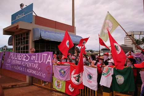 Brésil: le Mouvement des Sans Terre réalise une série d'actions contre l'agro-business et pour la redistribution des terres | Questions de développement ... | Scoop.it