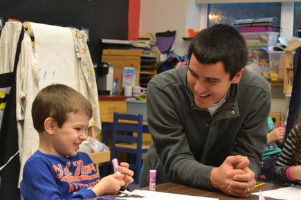A Day in the Life: Joshua Jackson, kindergarten teacher, constant learner - Capital City Weekly | Kindergarten Reading | Scoop.it