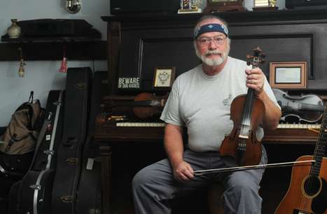 Fiddlin' around is OK at Lyons Fiddle Festival - Berks Country | Fiddle Playing | Scoop.it