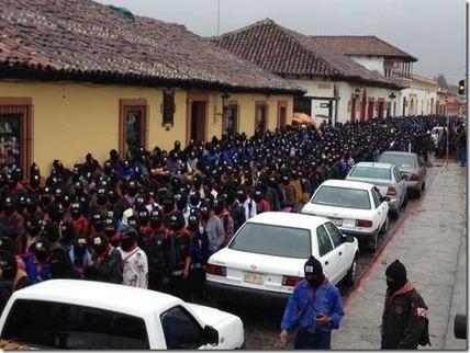 Nel giorno della fine del mondo 40.000 Maya sfilano col passamontagna zapatista : Gennaro Carotenuto – Giornalismo partecipativo | Historìa | Scoop.it