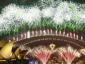 Sydney New Years Eve 2014 Fireworks Live Stream, Events, Parties, Webcams | Fireworks  cheap&stable quality | Scoop.it