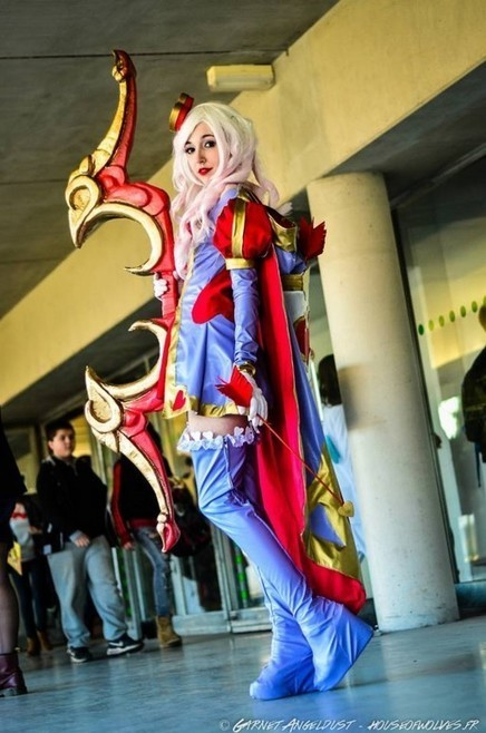 À la Japan Addict, les costumes faits main d'une étudiante à l'âme ... - Rue89 Strasbourg | Choose the Cosplay | Scoop.it