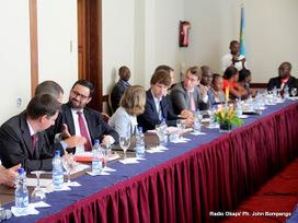 RDC : le gouvernement invite les ambassadeurs accrédités à Kinshasa à attirer les investisseurs privés | kin shasa | Scoop.it