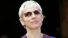 Annie Lennox unveils exhibition of her life | Culture | Scotland on TV from STV | Culture Scotland | Scoop.it