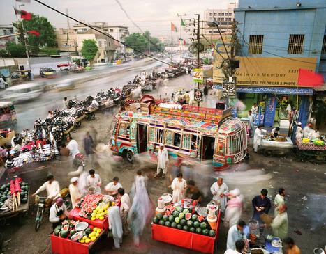 Martin Roemers, Karachi, Pakistan, 2011 | FlakPhoto.com | Photography Now | Scoop.it