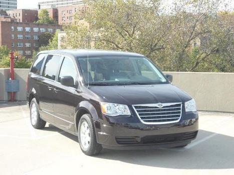 Used 2010 Chrysler Town & Country 4dr Wgn LX For Sale - U9113 | White Plains NY | Serving Larchmont, Bronx, Yonkers | Automotive | Scoop.it