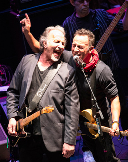Bruce Springsteen Plays Surprise Set at Light of Day Benefit - Rolling Stone | Bruce Springsteen | Scoop.it