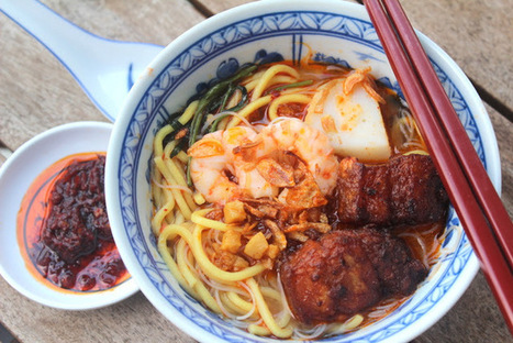 The Food Canon - Inspiring Home Cooks: Auntie Ruby's Hokkien Prawn Mee (Penang Hae Mee or Mee Yoke) | The Butter | Scoop.it