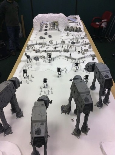 Battle of Hoth Recreated on Gaming Table for Salute 2015 #SciFiSunday | Heron | Scoop.it