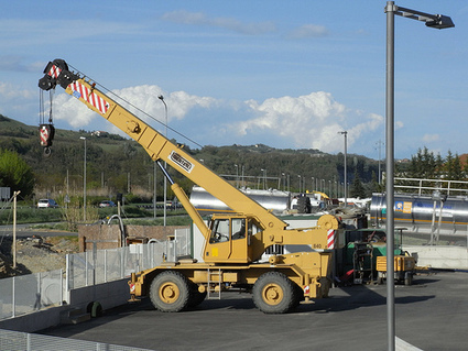 Operation of Cranes –Precautions and Safety Measures to be Take | Finance and Investment | Scoop.it