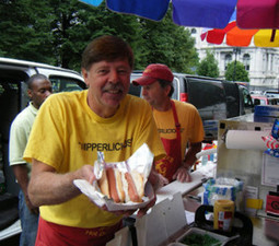 Hot Dog Carting - Who Else Wants A Hot Dog Cart Business That Makes $500 a Day! | Internet Marketing Tools Download | Scoop.it