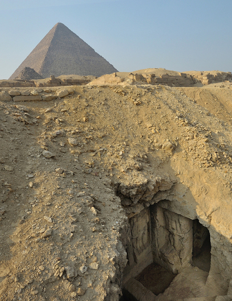 Ancient Priest's Tomb Painting Discovered Near Great Pyramid at Giza | Livescience | Kiosque du monde : Afrique | Scoop.it