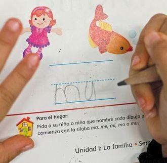 School takes bilingual path Tacoma's Blix Elementary offers bilingal program - TheNewsTribune.com | ¡CHISPA!  Dual Language Education | Scoop.it