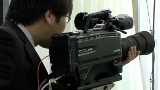 "World's first Ultra High Definition shoulder-mount camera | ""Cameras, Camcorders, Pictures, HDR, Gadgets, Films, Movies, Landscapes"" 