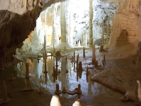 700 meters under the mountain – the Caves of Frasassi | B&B | Scoop.it
