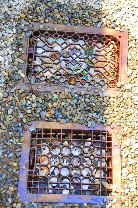 Vintage floor grates in the garden path | Upcycled Garden Style | Scoop.it