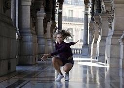 Look, no tutus! Paris's ballerinas cut loose at the opera house – in pictures | en tournée | Scoop.it