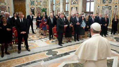 Le Pape s'invite dans le débat politique français | L'actualité catholique pour les pressé(e)s | Scoop.it