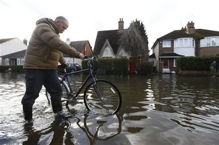 In Flooded UK, Guardian Warns 'Climate Change Is Here Now' | Marine Conservation (Konservasi Laut) | Scoop.it