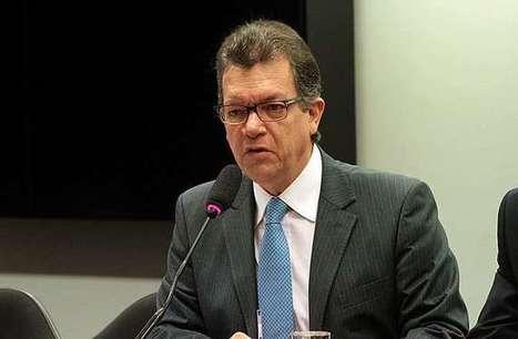 Comissão aprova exigência de imprimir no País livros comprados com verba pública | BINÓCULO CULTURAL | Monitor de informação para empreendedorismo cultural e criativo| | Scoop.it