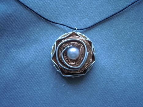 collier artisanal capsules de café  nespresso  : Collier par bijbox | bij - box ( bijoux à partir de capsules nespresso) | Scoop.it