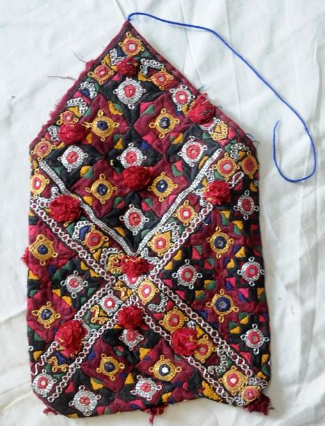 Authentic Sindhi Dowry Bag | Handicrafts | Scoop.it