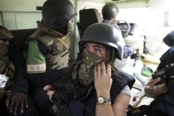 Ces photographes de guerre qui risquent leur vie pour moins qu'un Smic | Mediapeps | Scoop.it