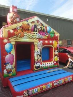 4 Smart Tips To Consider Before You Hire A Bouncy Castle | What is How to | UK Information | Scoop.it