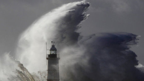 Powerful Storm Lashes Northern Europe, Paralyzing Travel in Much of Britain | Sustain Our Earth | Scoop.it