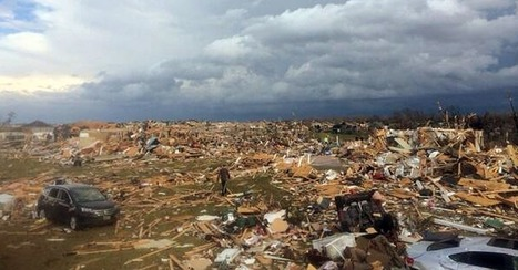 Gripping Photos Capture Tornadoes' Destruction in U.S. Midwest | anonymous activist | Scoop.it