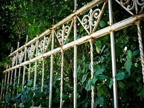 5 Signs You Must Replace Your Old Fence | Outoor Fencing | Scoop.it