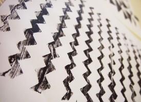 Do It Yourself - Imprimer son propre papier cadeau   DIY avec 2 mains gauches   Scoop.it