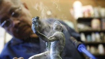 SAG Awards 2013: Watch the Actor statue being made - Los Angeles Times | :)laughing amid woe;( | Scoop.it
