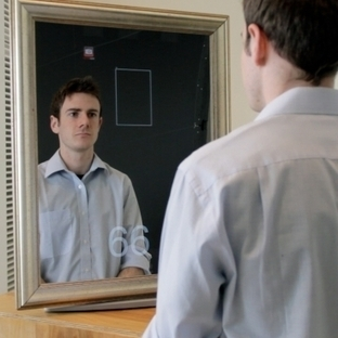 Webcam behind mirror can measure vital signs | Amazing Science | Scoop.it